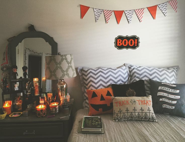 Halloween bedroom decorations